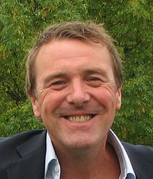 Phil Tufnell and Andrew Flintoff are the only two English Cricketers with media personalities more popular than Swann's (PC: Wikipeida)